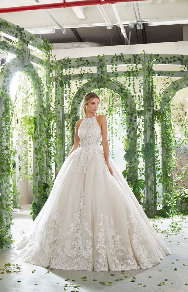 Abito Da Sposa 3 Mesi Prima.Come Scegliere Il Vestito Da Sposa Adatto Alle Tue Forme